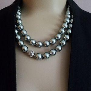 Talbots gray pearls